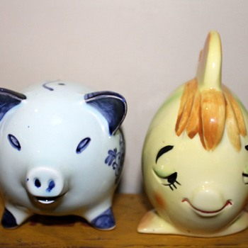Coin banks - both from Japan - Animals