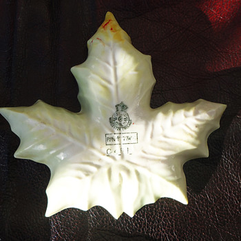 Royal worcester maple leaf