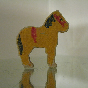 HORSE FROM A TOY PUZZLE 85-90 YEARS OLD - Games