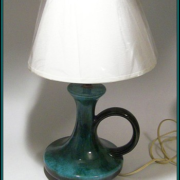 BLUE MOUNTAIN POTTERY -- Canadian -- Small Lamp