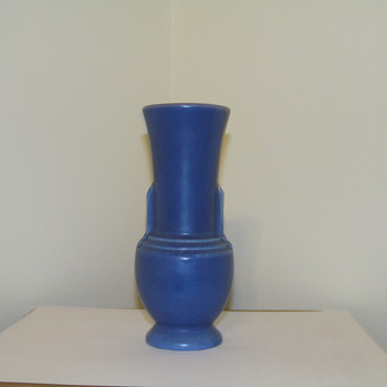 Help Id (Blue bolbuos pottery vase) - Art Pottery