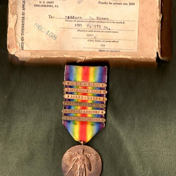 Six Clasp (Third Division) US Victory Medal with Mailing Box.