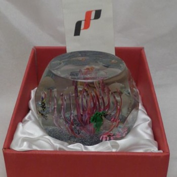 1981 Perthshire Paperweight Aquarium - Art Glass