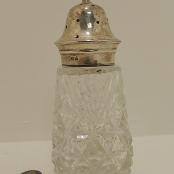 Oversized Crystal & Sterling Salt/Pepper Shaker - G. Unite Sons & Lyde - Birmingham, 1930 - Sterling Silver