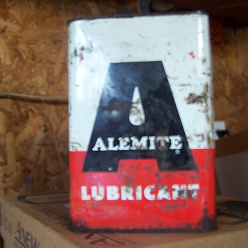 Alemite Lubricant Can - Petroliana