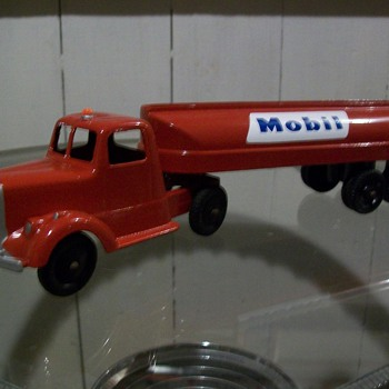 Tootsie toy Mobil tanker