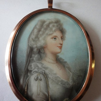 Silver gilt ladies portret pendant