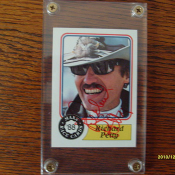 Richard Petty Signed Rookie Card &quot;88&quot; Maxx#43
