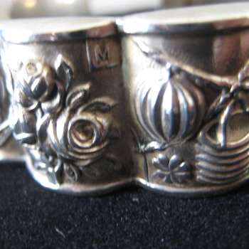 Sterling bracelet marked David - Costume Jewelry