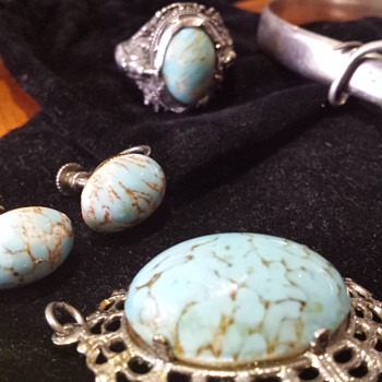 Handed down items not sure what stones are. - Fine Jewelry