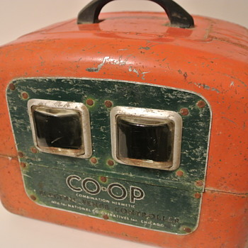 Vintage CO OP Combination Hermetic Electrical Fence Controller