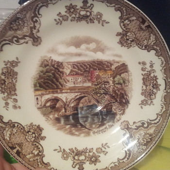 just discoverd johnsonbros existed - China and Dinnerware