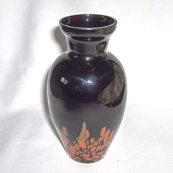 Fine Kralik 30s Export Black/Amethyst Glass Spatter Vase Signed 5.75in - Art Glass