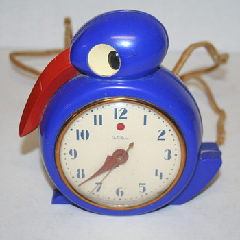 Telechron Smug Blue Bakelite model 8F01 - Clocks