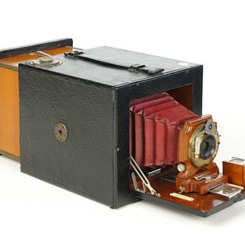 Bullard Folding Magazine Camera, Series B, c.1898