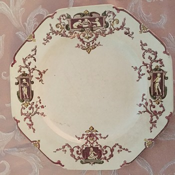 Lucullus plate.  - China and Dinnerware