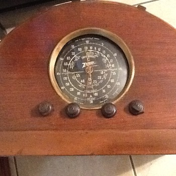 Zenith chair side radio - Art Deco