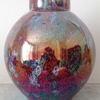 Kralik Iris ball vase