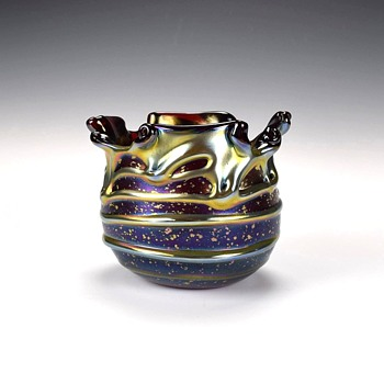 CHARLES LOTTON CYPRIOT LAVA BOWL - Art Glass