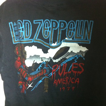 LED ZEPPLIN RARE 1970'S ROCK T SHIRT - Mens Clothing