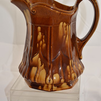 Art Pottery Vintage Drip Glaze Pottery Pitcher Unknown Maker Bennington? - Art Pottery