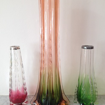 Submerged vases with crimped ribs - Art Glass