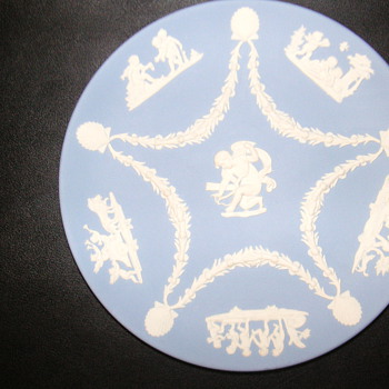  Jasperware Wedgwood Plate - MAYBE RARE - China and Dinnerware