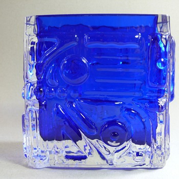 Josef Schott for Smalandshyttan - Art Glass