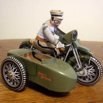 Harley Davidson tin wind-up reproduction toy 2001