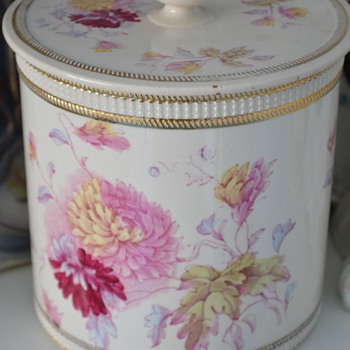 Crown Devon biscuit barrel with Chrysanthemum pattern - Art Pottery