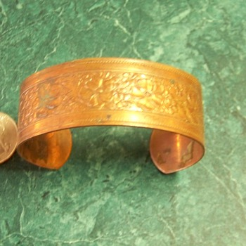 Brass? or Copper? Braclet - Costume Jewelry