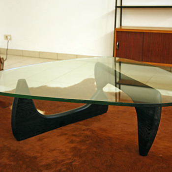 Isamu Noguchi coffee table - Furniture
