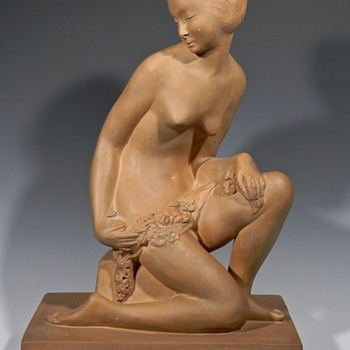 Beautiful Art Deco Terra Cotta Sculpture - Visual Art