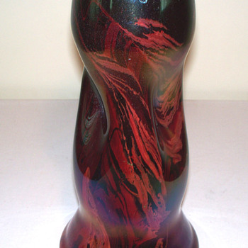 RINDSKOPF DOCUMENTED KARNAK RED VASE - Art Glass