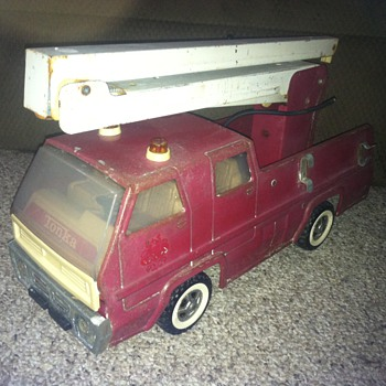 Tonka Fire Engine looking weathered - Model Cars
