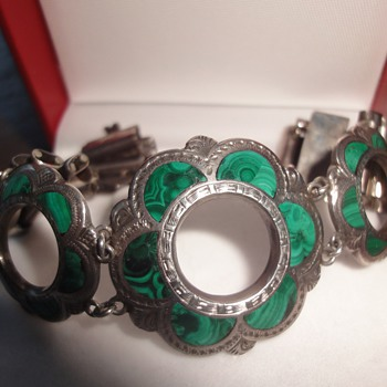 Pepple jewelry; Sterling silver Malachite bracelet