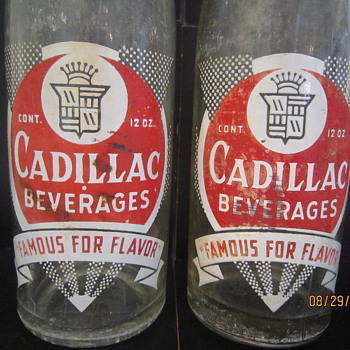 Cadillac Beverages Ginger Ale Co.  Detroit MI 12 Oz. ACL Bottle