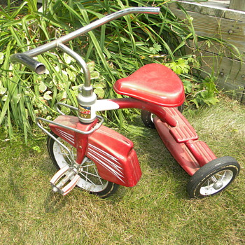 Need help to identify year this Murry Tricycle was made?