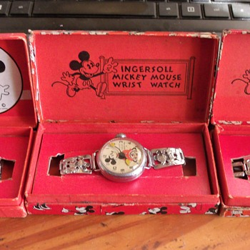 The Three Variants of the 1933/34 Mickey Mouse Wristwatch