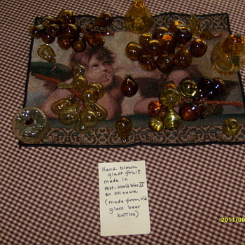 Vintage hand blown glass fruit - Art Glass