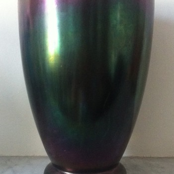 Kralik eggshell vase
