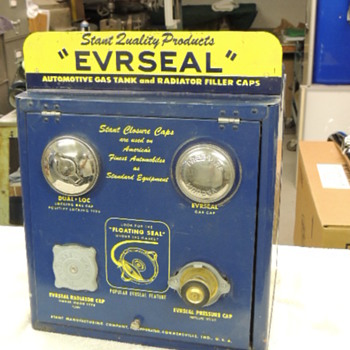 EVRSEAL GAS AND RADIATOR CAP DISPLAY