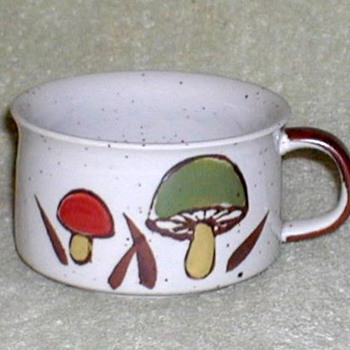 Stoneware Soup Cup - Mushrooms