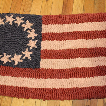 American Latch Hook Rug - Rugs and Textiles