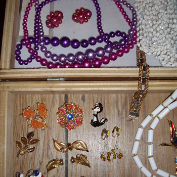 Yesterdays picks. - Costume Jewelry