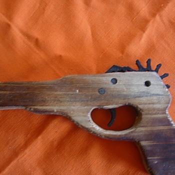 Slingshot gun