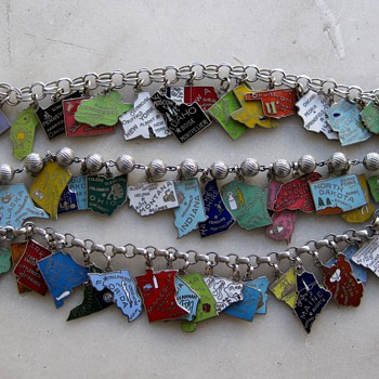 Update finished today!  1/23/17: 1960's-70's enamel state charm bracelet - Costume Jewelry