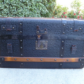 1850's Patent Leather Travel Trunk - Furniture