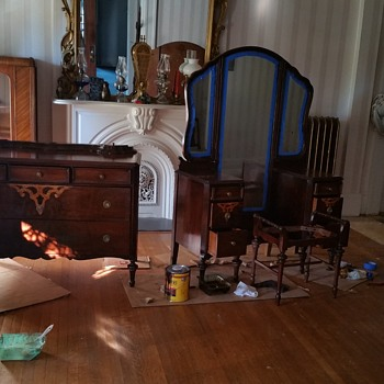 Vanity and matching dresser Grand Rapids bedroom set
