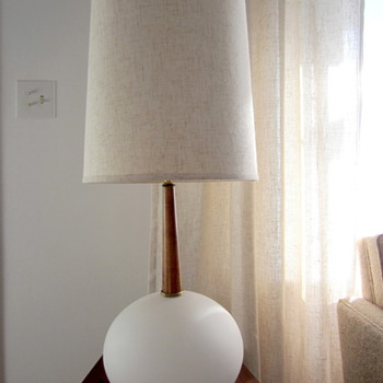 Mid Century Table Lamp - Lamps